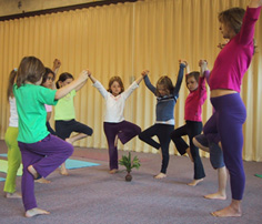 Group Tree Balance Pose